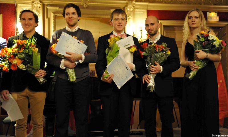 Les cinq finalistes récompensés