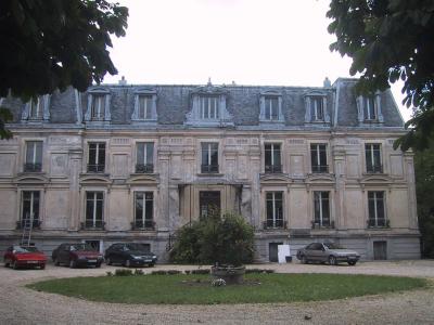 8  chateau bisy